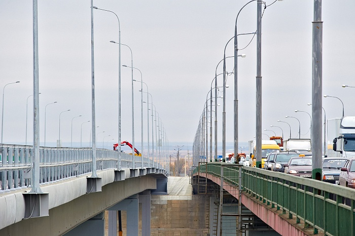 Don River bridge on M-4 «Don» Highway (Aksai, Rostov region, 2014)